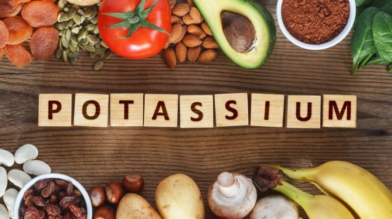 potassio acqua sport frutta