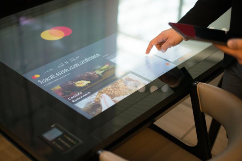 All'aeroporto di Fiumicino arriva il primo ristorante cashless