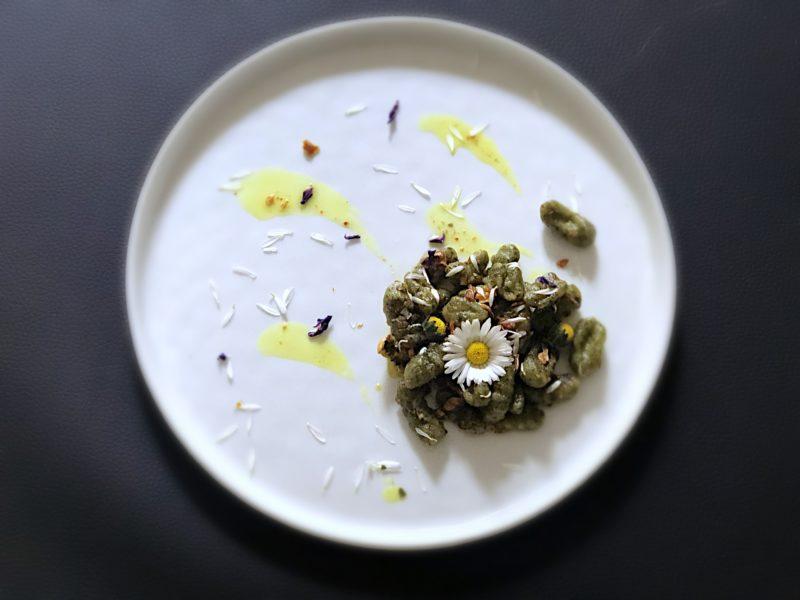Gnocchetti di semola rimacinata, ortica e profumo di spezie