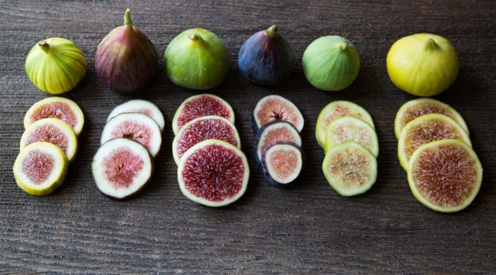 Fichi: il frutto del mese. Curiosità, benefici e ricetta fit!