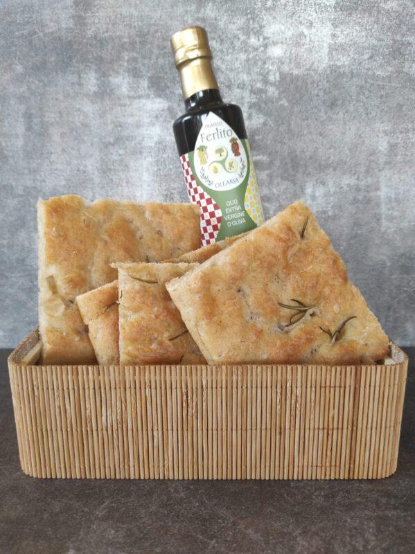 I dettagli che fanno la differenza in cucina: l'olio extravergine di oliva dell'Olearia Ferlito 1