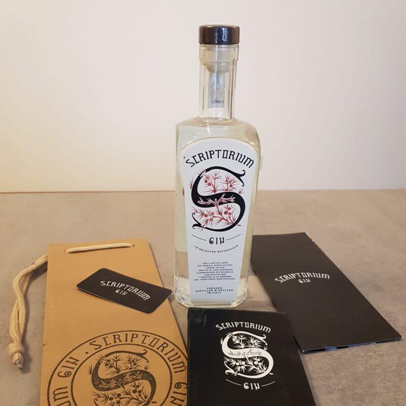 Scriptorium gin, il sapore delle Marche in una bottiglia 1
