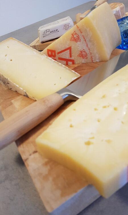 Dall'Alta Val Brembana la Latteria di Branzi custode dei formaggi della tradizione bergamasca 2